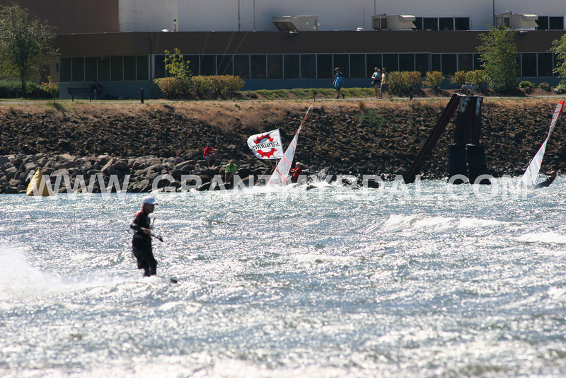 sun sep 1 gorge cup race 5 600mm lens from hr sandbar ALL IMAGES LOADED